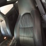 ポルシェ運転席シート修理前全体画像
